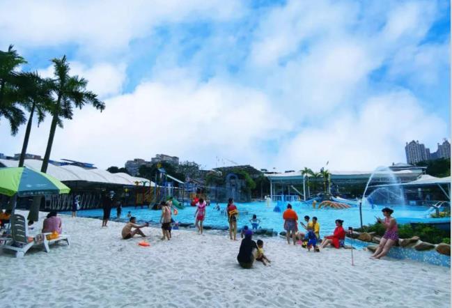 水上樂園沙灘.jpg